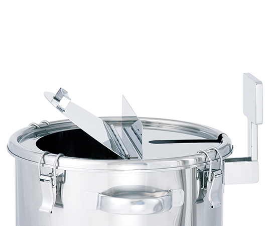 カクハン機座付鏡板型容器
