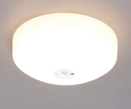 [取扱停止]小型シーリングライト 700lm 電球色 センサー付き SCL7L-MS 268489/SCL7L-MS